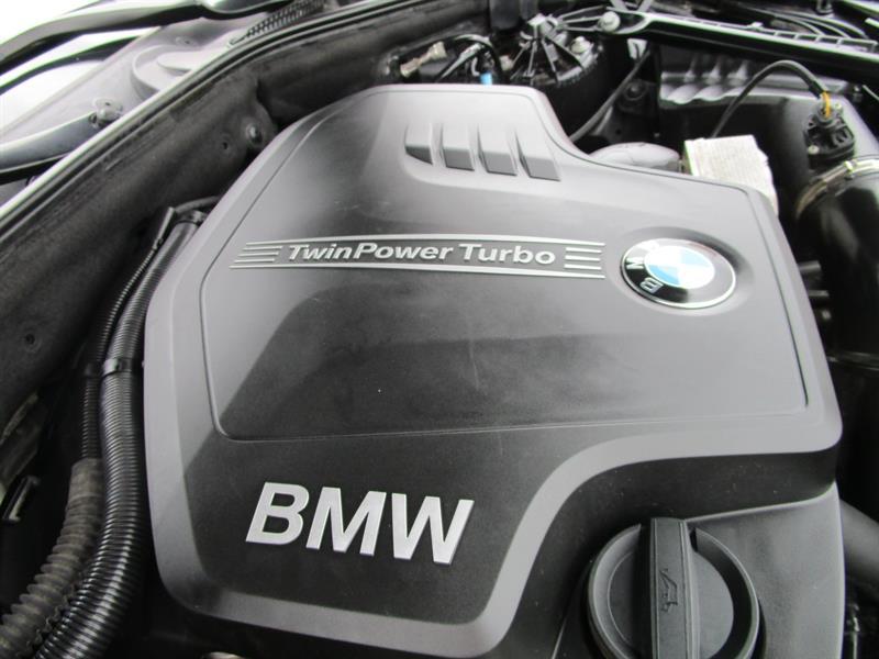 BMW 5 Series Sedan 13