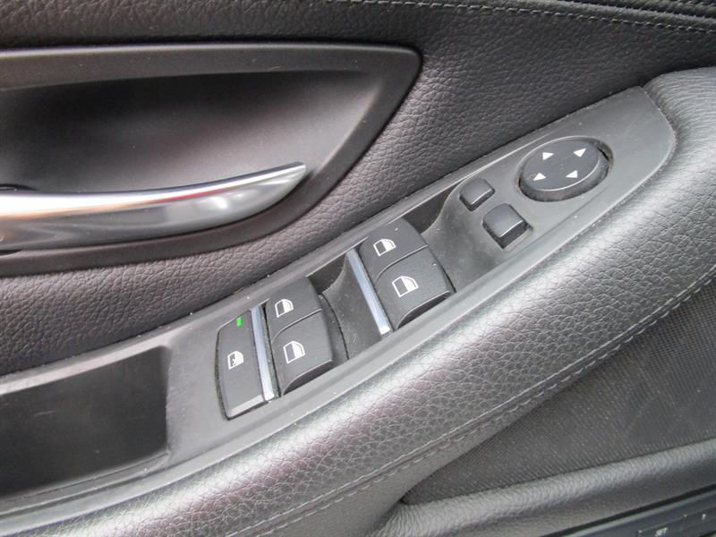 BMW 5 Series Sedan 14