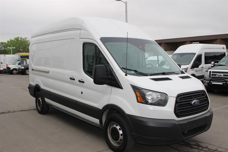 Ford Transit Cargo Van 2017 T-250 148 Hi Rf 9000 GVWR Sliding RH Dr #u3471