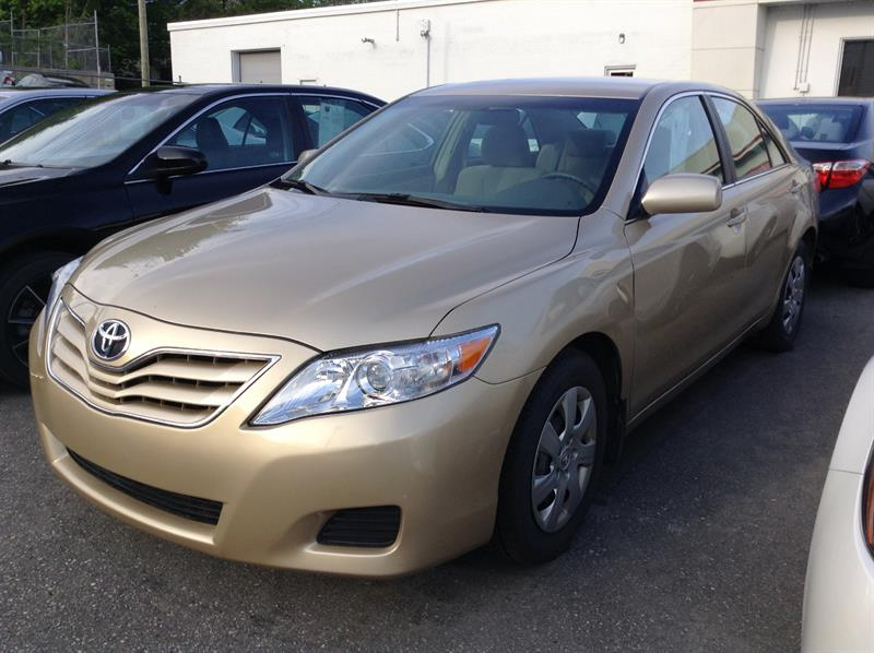 Toyota Camry 2011 LE #80784-1