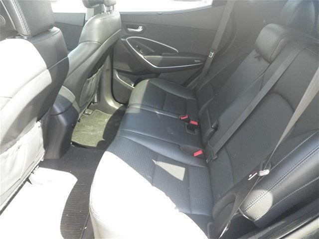 Hyundai Santa Fe Sport 13