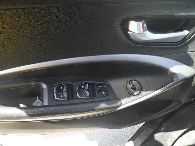 Hyundai Santa Fe Sport 14