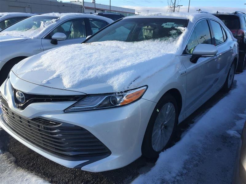 2018 Toyota Camry Hybrid XLE #80236