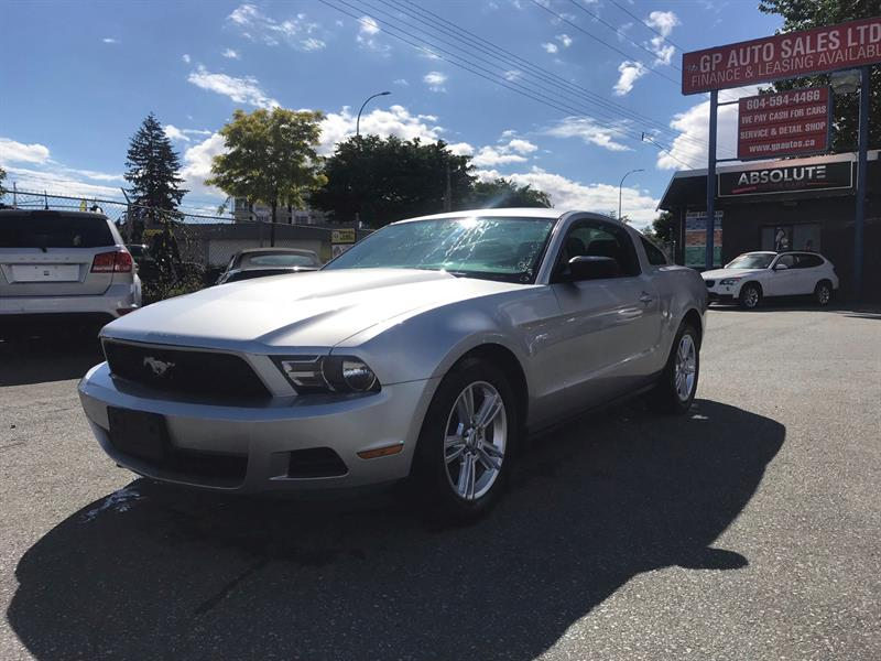 2011 Ford Mustang 2dr Cpe V6 #GP3136