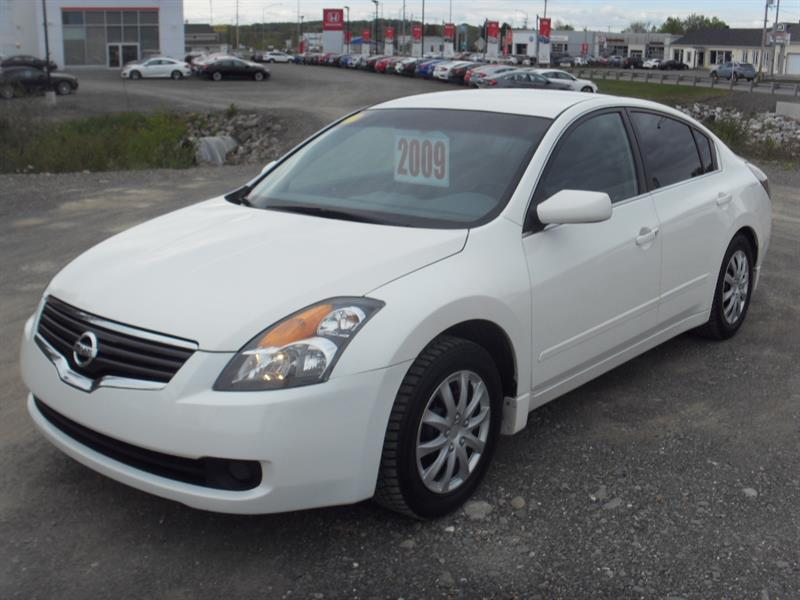 Nissan Altima 2009 4dr Sdn I4 2.5 S #H18082B