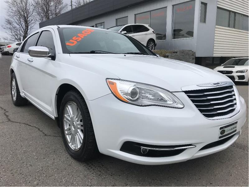 Chrysler 200 2014 Limited #15392B