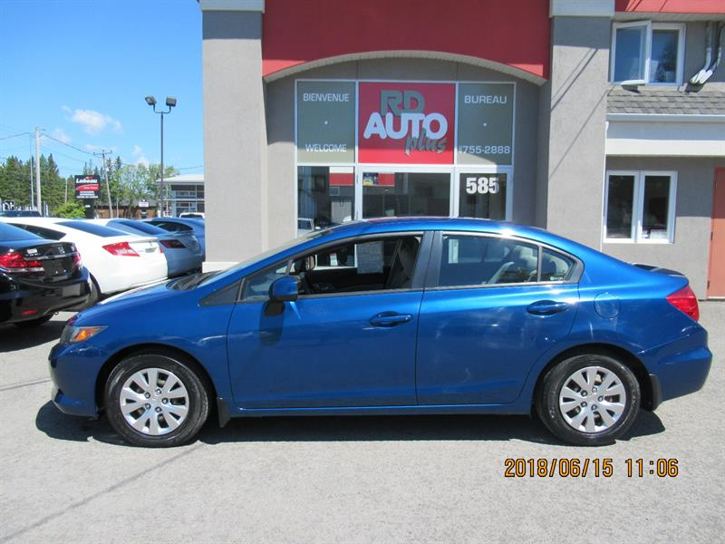 Honda Civic 2012  LX WOW***SEULEMENT 29000 KILO*** **** #9817