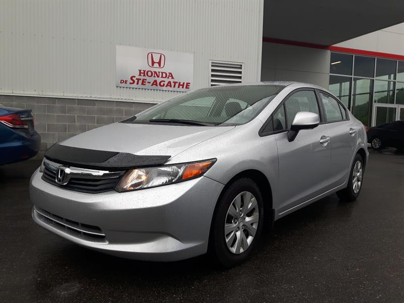 Honda Civic 2012 ** Réservé *** #j168xa
