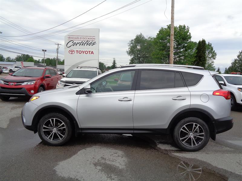 Toyota RAV4 2015 AWD 4dr LE+mags #11700A