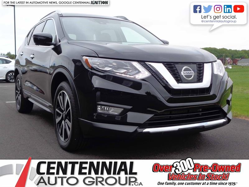 2017 Nissan Rogue AWD | Bluetooth | Moon Roof | NAVI | Backup Camera #S17-256