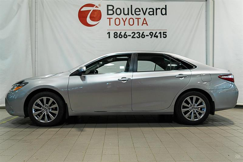 2016 Toyota Camry XLE #82867A
