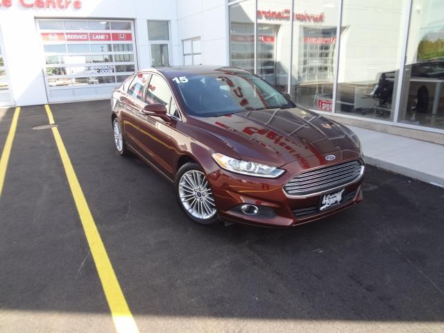 2015 Ford Fusion SE #J134A