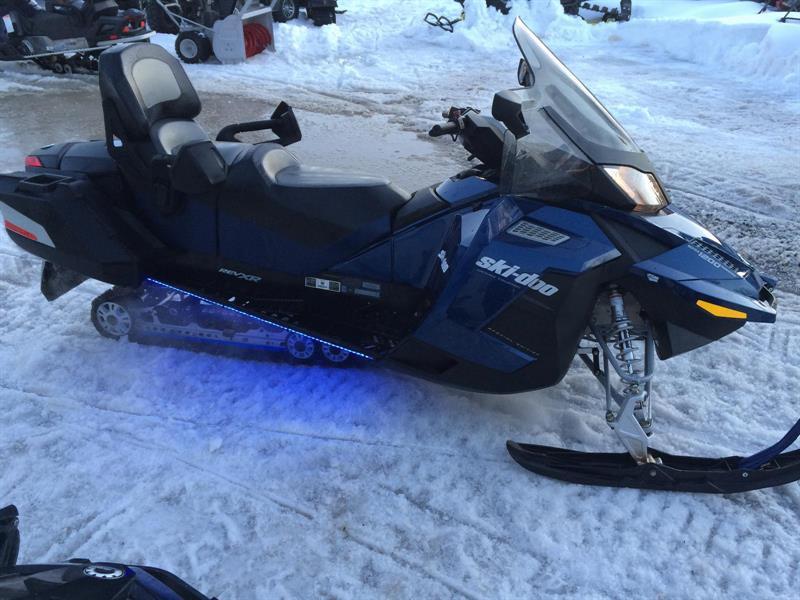 Ski-Doo Grand Touring SE 1200 4-TEC 2012