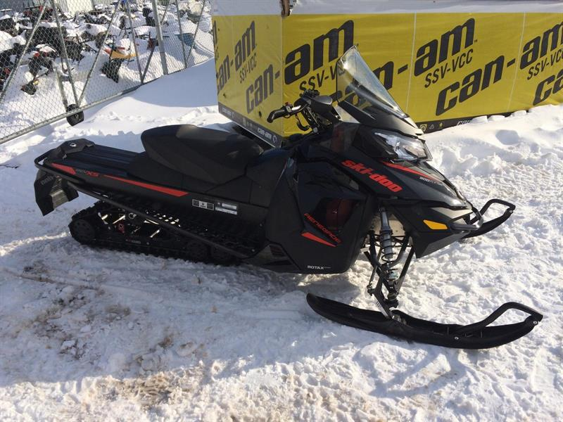 Ski-Doo Renegade Adrenaline 800R E-TEC 2015