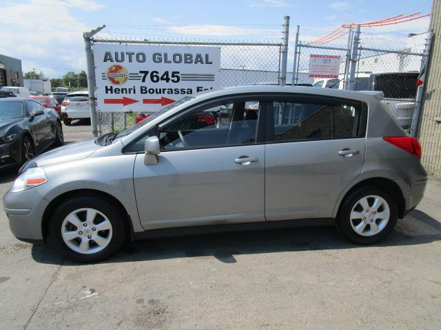 Nissan Versa 2010 SL automatique air hachback excellent état #18-793