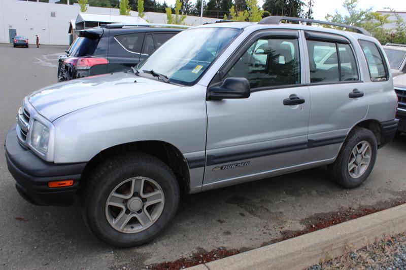 2004 Chevrolet Tracker 4dr Hardtop 4WD #11875B