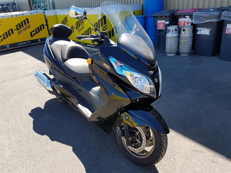 Suzuki Burgman 400 2013