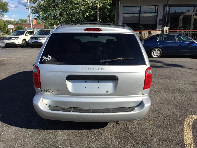 dodge caravan dvd automatic 2005 occasion vendre laval chez auto shelby. Black Bedroom Furniture Sets. Home Design Ideas