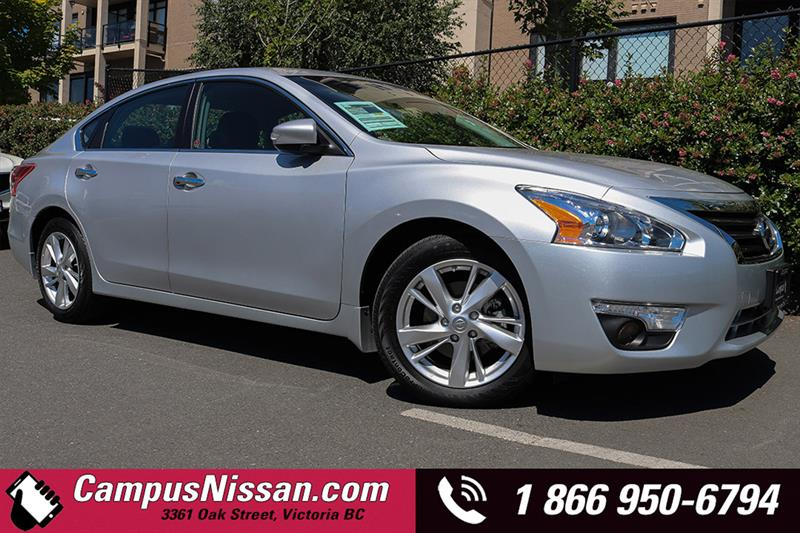 2013 Nissan Altima SL Sedan w/ Navigation #17-Q6026A