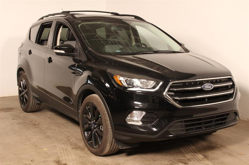 Ford Escape 2017 ** Titanium ** AWD #81026a