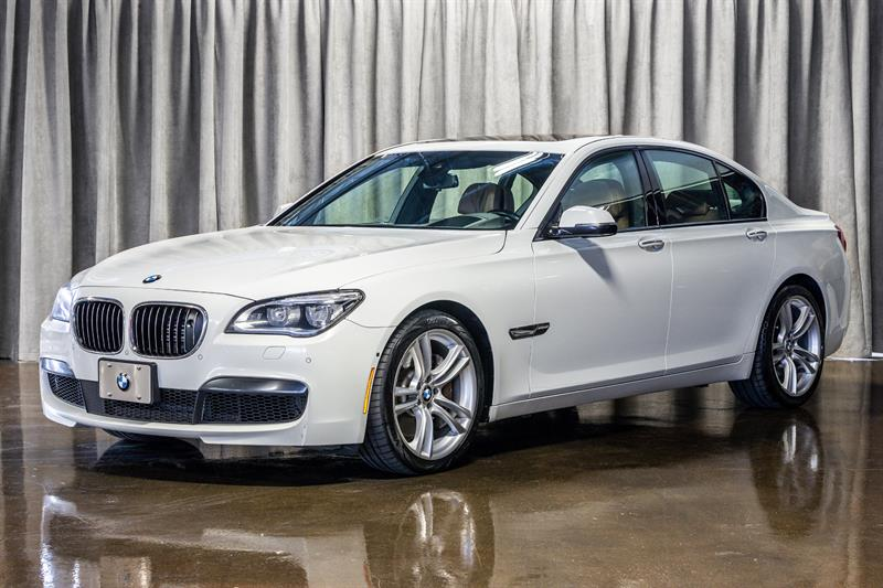 2014 BMW 750I XDRIVE!, M SPORT PACKAGE!