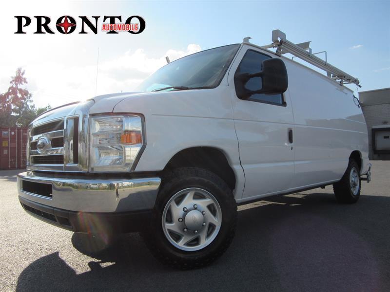 Ford Econoline Cargo Van 2011 E-150 ** Voir Équipements ** #3657