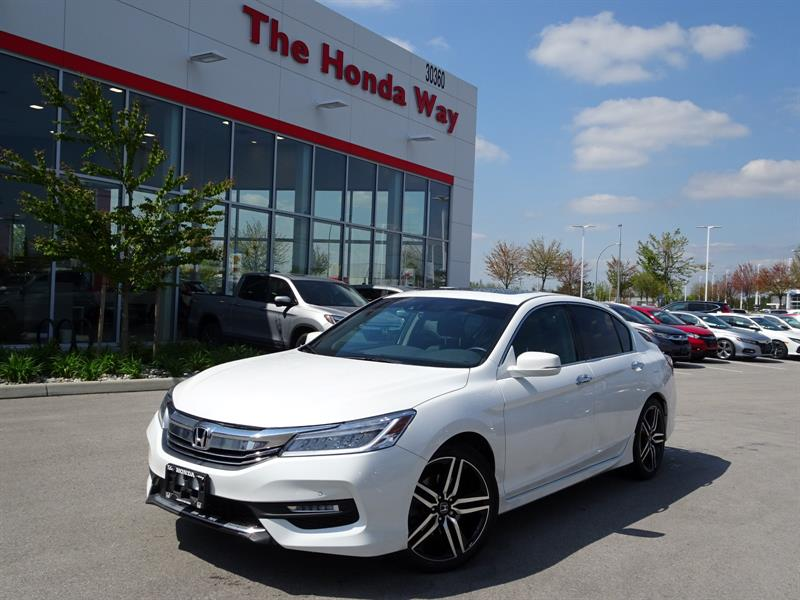 2017 Honda Accord Touring V6 Sedan / WARRANTY UNTIL 2023 OR 160,000k #P5167