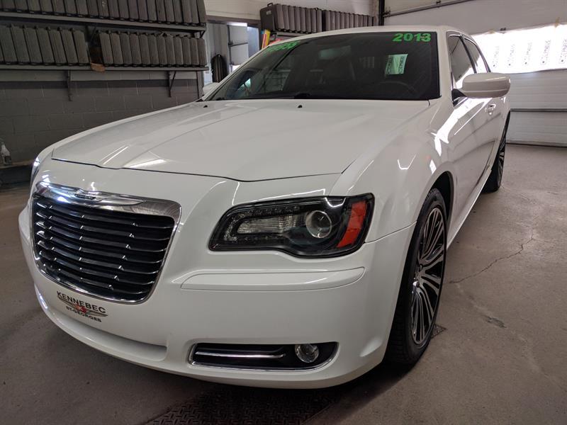 Chrysler 300 2013 S ( TOIT PANORAMIQUE, V6 3.6L. NAVI GPS ) #03703A