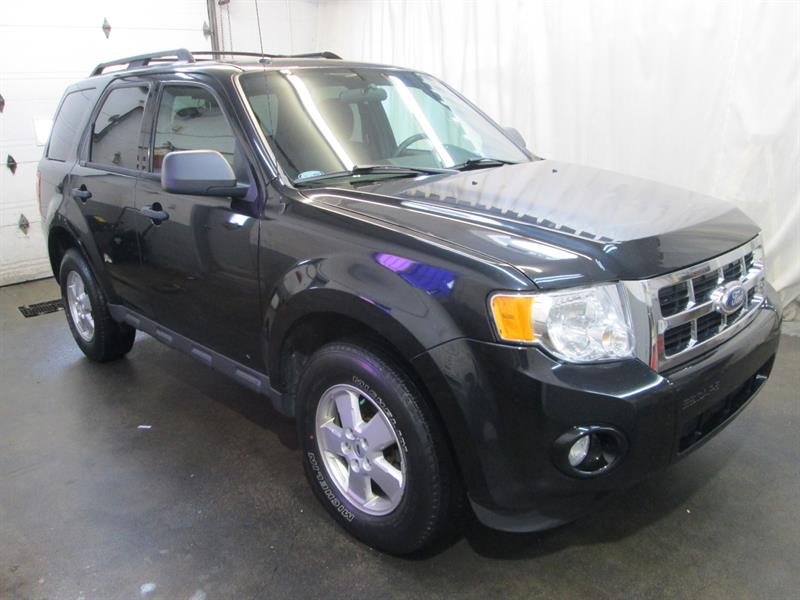 Ford Escape 2012 XLT #8-0208