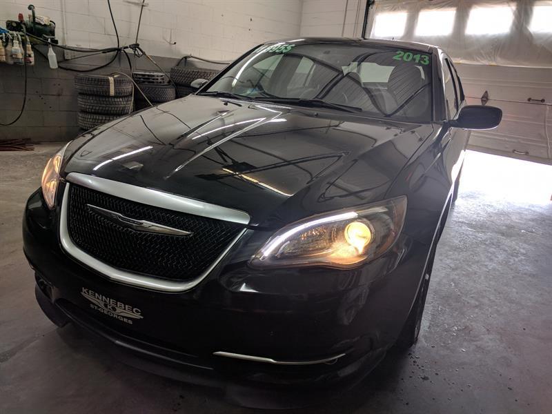 Chrysler 200 2013 S 3.6L  (GPS CUIR,TOIT, ÉCRAN 6.5'', *BAS KILO*, ) #38744A