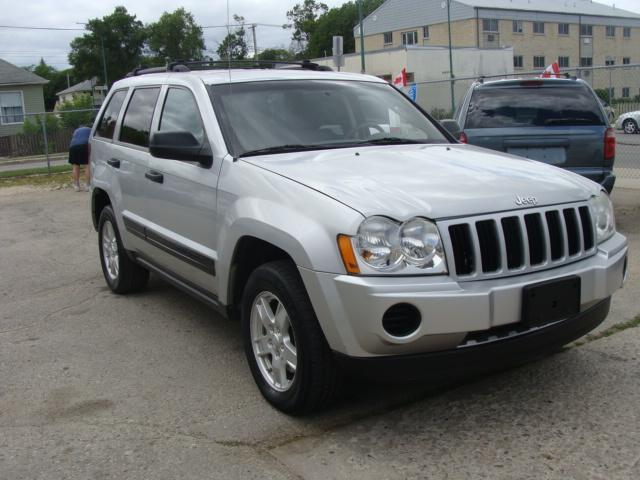 2005 Jeep Grand Cherokee 4X4 LAREDO #1549