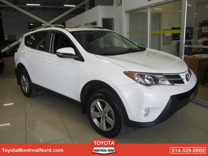 Toyota RAV4 2015  XLE FWD Toit+Mags+GPS #3121 AT