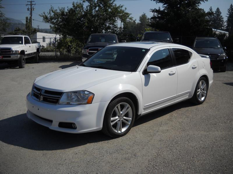 2012 Dodge Avenger SXT COMES WITH WINTERS! #A8006