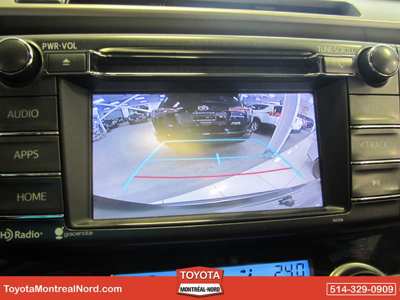 2015 Toyota RAV4 XLE FWD Toit+Mags Used for sale in Montréal