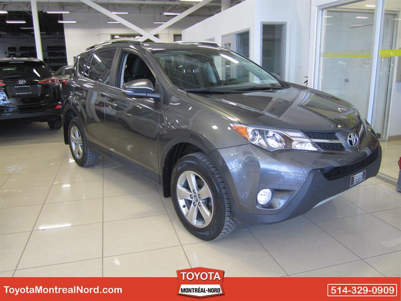 Toyota RAV4 2015 XLE FWD Toit+Mags #3288 AT