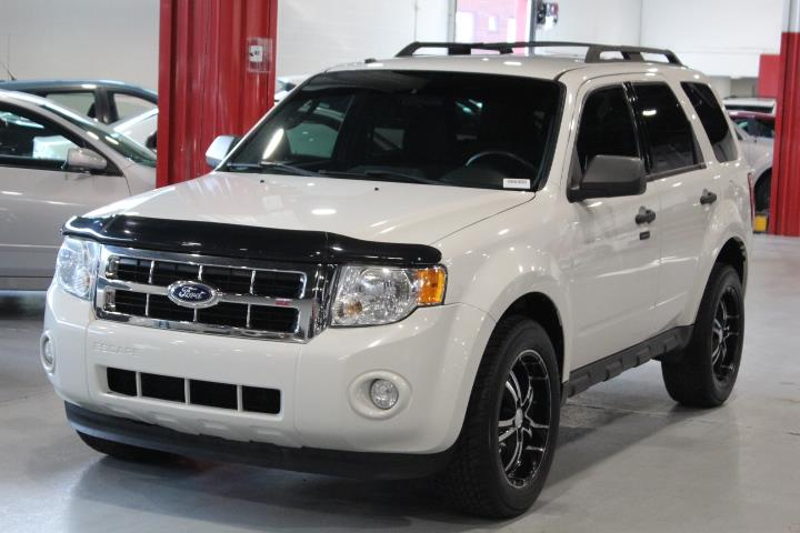Ford Escape 2010 XLT 4D Utility 4WD #0000000586
