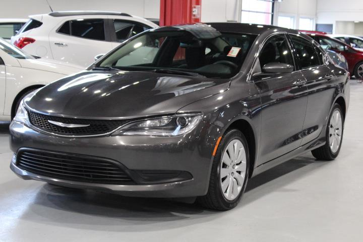 Chrysler 200 2015 LX 4D Sedan #0000000662