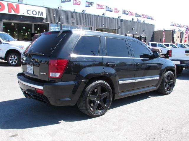 jeep grand cherokee srt8 426 7 0 stroke 650hp 2008 occasion vendre saint eustache chez le roi. Black Bedroom Furniture Sets. Home Design Ideas