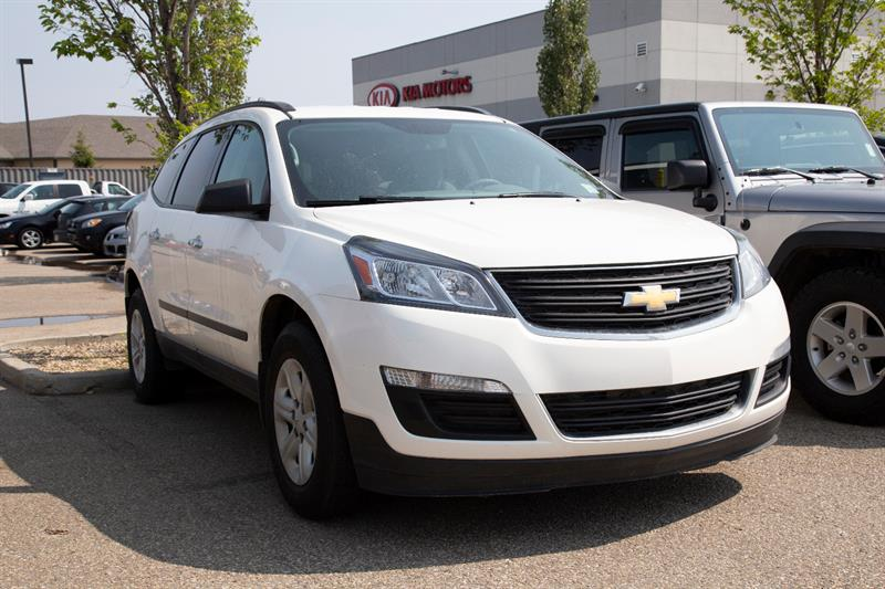 2015 Chevrolet Traverse LS AWD #K288381