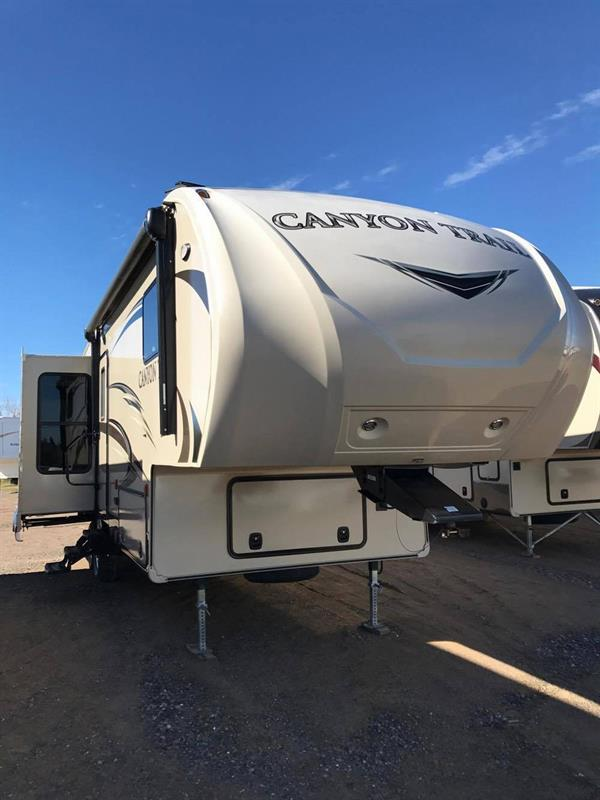 2016 Canyon Trail 27FRET