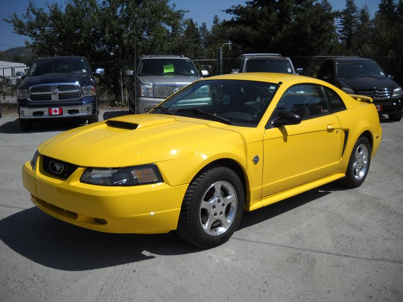 2004 Ford Mustang 2dr Cpe LOW KM! #B0254
