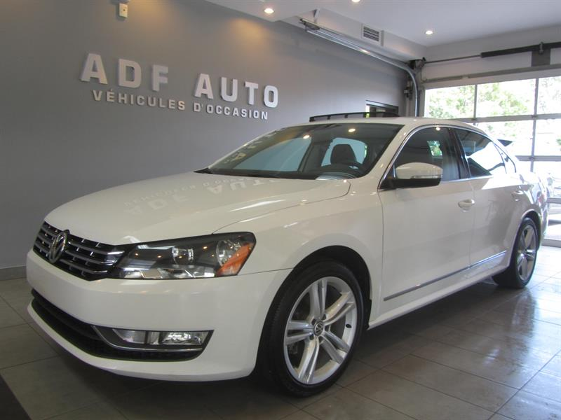 Volkswagen Passat 2014 1.8TSI HIGHLINE NAVIGATION #4325