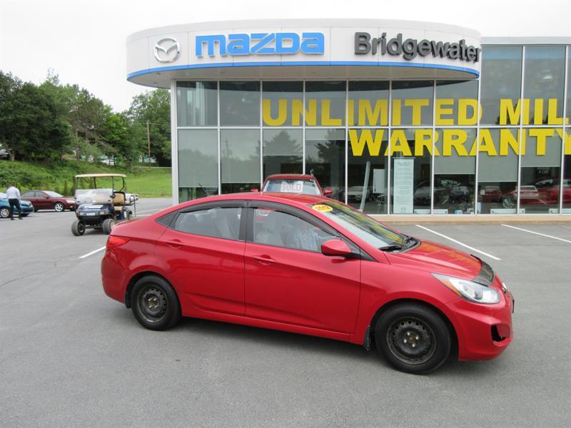 2012 Hyundai Accent 4dr Sdn #18213A