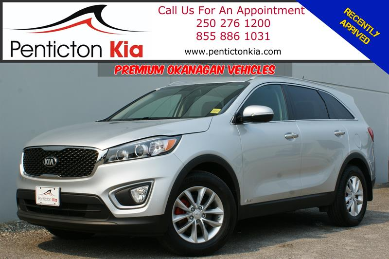 2016 Kia Sorento LX+ - Parking Sensors, Back Up Camera, Bluetooth #18PK32