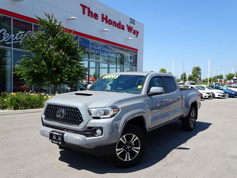 2018 Toyota Tacoma TRD SPORT CEMENT #P5220