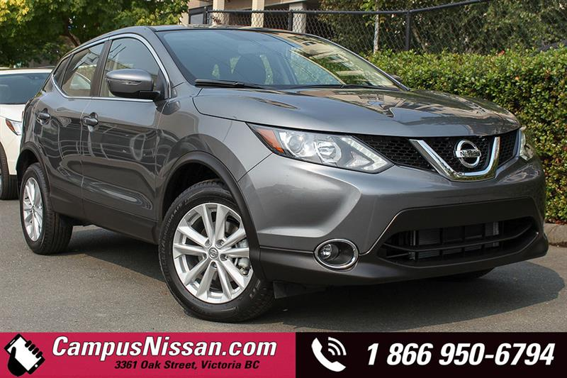 2018 Nissan Qashqai SV AWD w/ Moonroof Package #D8-X170