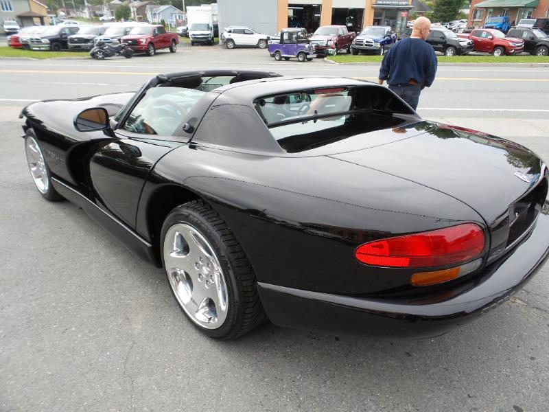 dodge viper rt 10 cabriolet bas km 2000 occasion. Black Bedroom Furniture Sets. Home Design Ideas