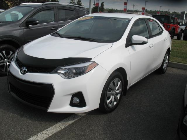 Toyota Corolla 2015 4dr Sdn S #18115A