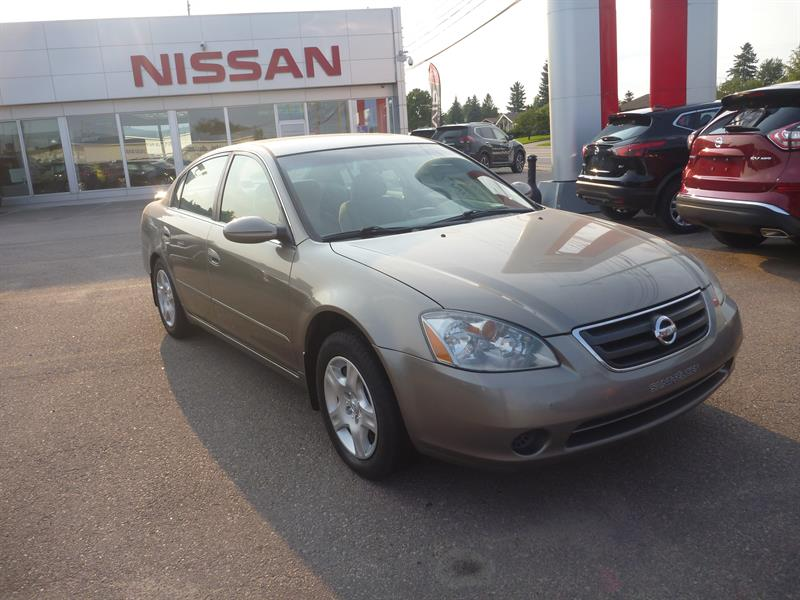 Nissan Altima 2003 4dr Sdn 2.5 #76639B