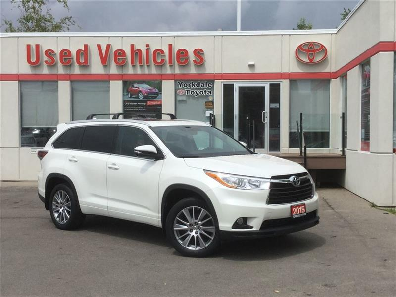 2015 Toyota Highlander XLE AWD- Nav  Sunroof  Bluetooth  Leather  Alloys  #P7428